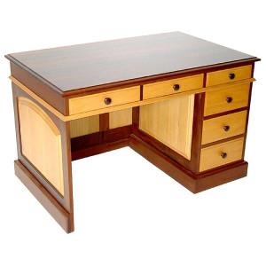 M&F_Special-K5-Desk-1