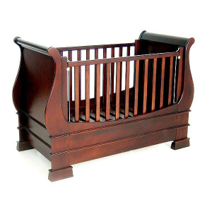 M&F_Wooden-Sleigh-Cot-1